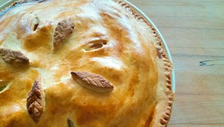 Nanny Betty's Traditional Irish Apple Tart Recipe